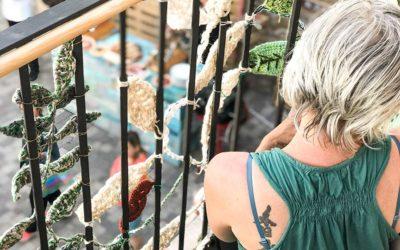 Celebramos en Els Magazinos el Día Mundial de Tejer en Público
