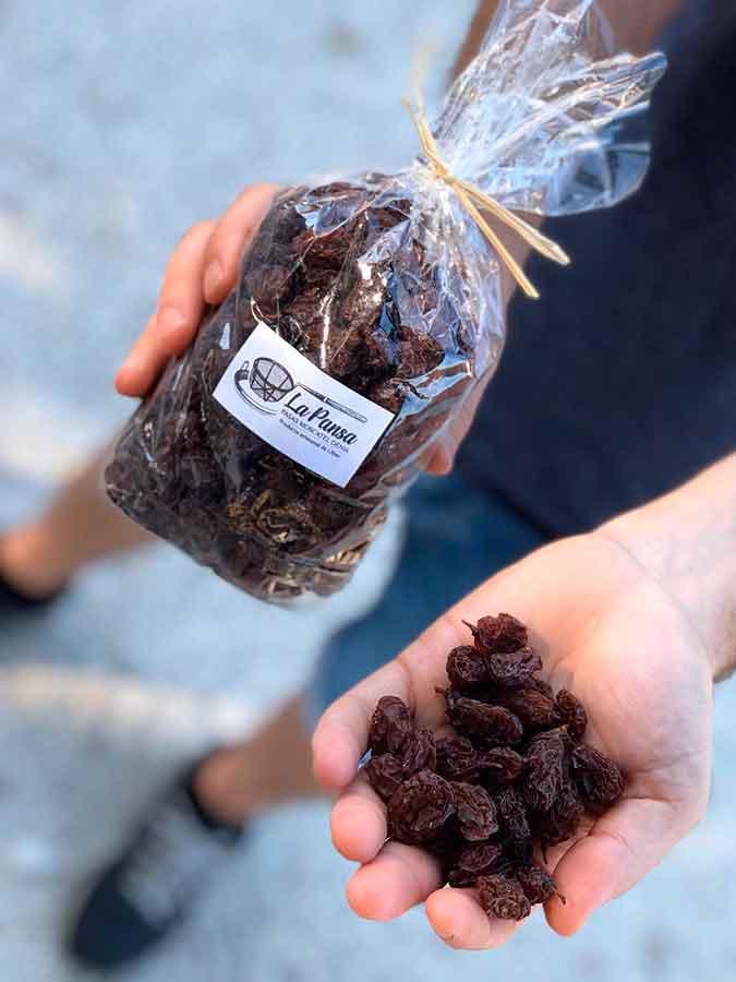cuina-de-territori-els-magazinos-denia-agosto-furo-uva-moscatel-pasa