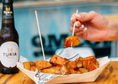 Croqueteria Qmecomo: Patatas bravas.